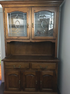Solid Oak table, Chairs and Hutch