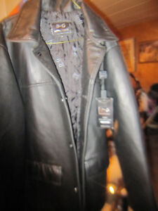 DG Moda Italy Designer Leather Coat Jacket Brand New With Tags
