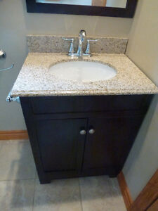 Attractive Vanity, Faucet and Mirror