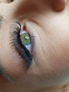 Professional eyelash extension
