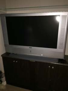 """Sony Grand Vega 42"""" LCD Projection TV for sale"""