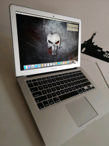Like new 2015 13inch macbook air laptop