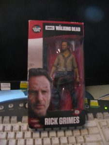 "Rick Grimes Figure McFarlane The Walking Dead 7"" Figure MIB"