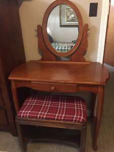 Antique Reproduction Dresser with Antique Stool