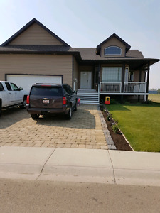 House for sale in Duchess, AB IMMEDIATE posession.