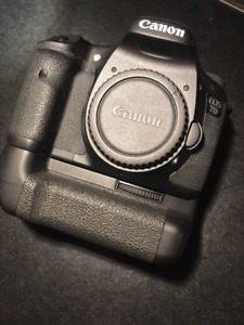Canon EOS 7D Camera Body + Canon battery grip + Tamron lens