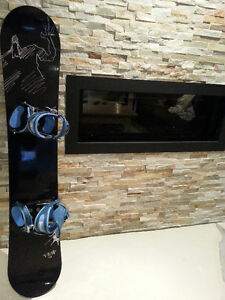 Women's Snowboard 155 cm with Bindings & Boots - Size 10