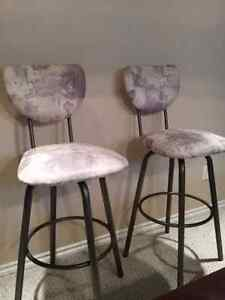 Raised Eating Bar Stools