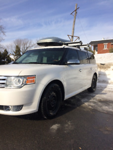 2010 Ford Flex Limited - 121,000 km