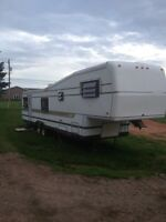 "35' Kountryaire fifth wheel camper ""Deluxe Model"""