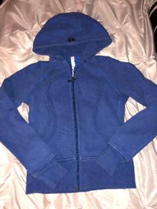 Size 6 Lululemon Blue Sweater