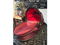 Quinny buzz carrycot and footmuff