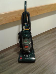 Bissell vacuum in a very good working condition.