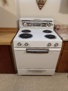 Vintage Stove, Good working condition.