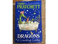 Terry Pratchett. Dragons at crumbling castle