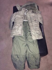 Size 4T boys snowsuit
