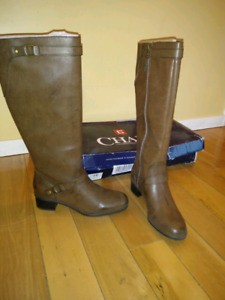 Brand new Chaps boots size8