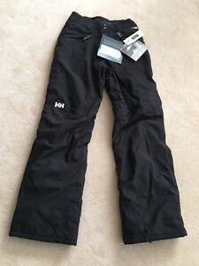 Brand New Ladies XS Ski/Snowboarding Pants