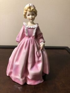 "Royal Worcester figurine ""Grandma dress"""