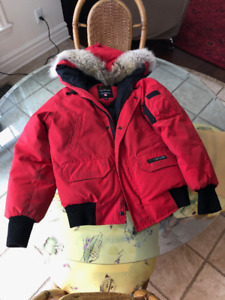 Canada Goose Chilliwack Jacket Womens XS Red - Mint Condition