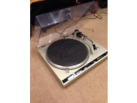 Technics SL-Q3 Turntable Record Player