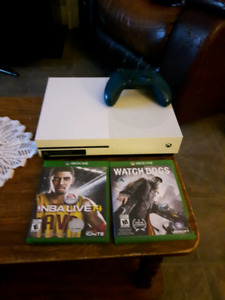 500GB XBOX ONE S AND GAMES