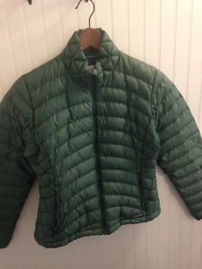 """Patagonia women's """"down sweater"""" -- size M"""
