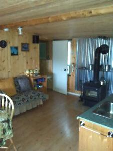 CHALET A VENDRE (  AUBAINE NOUVEAU PRIX ) À QUI LA CHANCE ? Saguenay Saguenay-Lac-Saint-Jean image 3