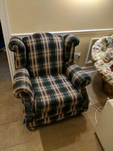 Matching Armchair & Loveseat
