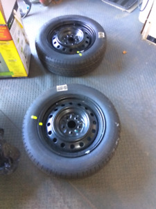 Summer tires with rims
