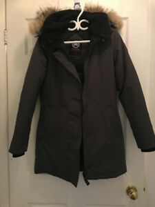 Like-new 100% Authentic Canada Goose Victoria Parka