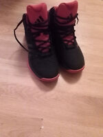 Adidas Cross 'EM 4 2015 Lightweight Basketball Shoes Black/Black