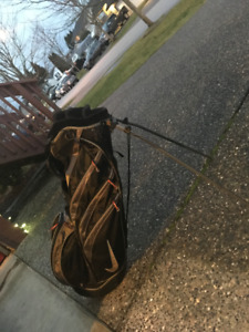 Nike Golf Carry Bag with kick stand and Revolving Strap system