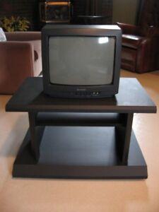 TV couleur SHARP 13`` et meuble mélamine noire