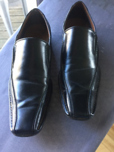 Once Worn - Good As New Spring Men's Dress Shoes (Black)