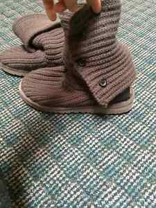 Grey button up UGG Boots Cornwall Ontario image 2