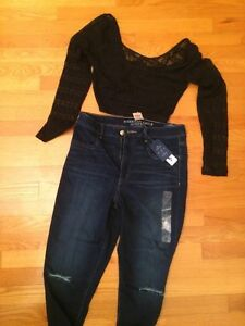 OUTFIT FOR SALE JEANS AND TOP 15$