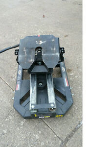 FOR SALE:  PULLRITE 5th Wheel Slider Hitch