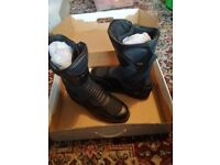 Brand New Boxed & Unworn Mens Weise Black Leather Motorcycle Boots, Size 9, £50.00 No Offers!