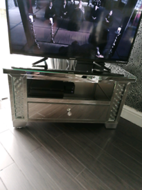 Mirror glass TV unit