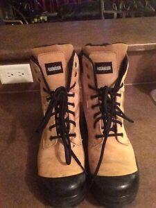 Steel toed boots-men's 10 Edmonton Edmonton Area image 3
