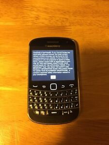 Blackberry Bold 9900 and accessories