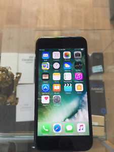 Store Sale iPhone7 locked to Rogers mint condition 128GB $800