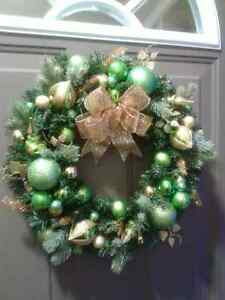 NEW CHRISTMAS /WINTER ORNAMENT  WREATH