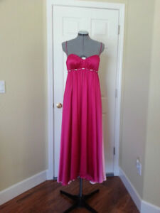 Marc Bouwer Glamit silk dress gown Sz. 4 (Small) (NWT)
