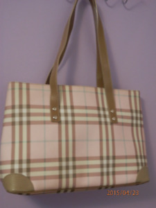 New without tags, Authentic Burberry London Purse