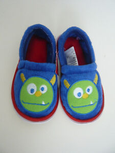 Brand new baby pantoufle shoes, size 5