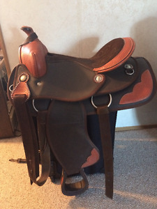 "15"" Synthetic Saddle"