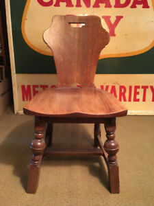 Antique Solid Oak Wood Side Chair (c. 1920)