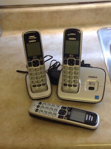 Cordless phone set of 3